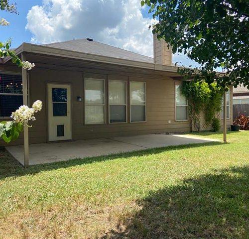 1333 River Ridge, Roanoke, Texas 76262